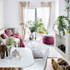 Un hallazgo afortunado e inesperado multiplicó las posibilidades de convertir un apartamento, de tan solo 45 m2, en una vivienda moderna, con ambientes cómodos y desahogados.