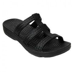 f66e381fc400f Pali Hawaii Women s PH 0518 Slide Sandal (Black Size 5) Pali Hawaii Sandals