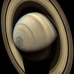 Espectacular imagen del polo norte de Saturno (NASA-Ian Regan, 2014)