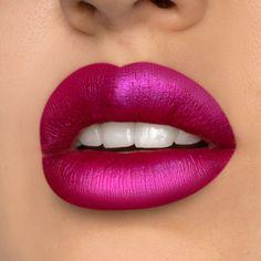 Metallic Lipstick, Gloss Lipstick, Lipstick Shades, Liquid Lipstick, Pink Lip Gloss, Lipsticks, Lovely Eyes, Beautiful Lips, Lips Photo