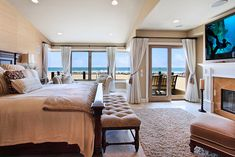 I'm havng a room like this someday, on the beach. Just you wait!