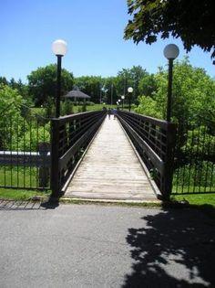 The footbridge into Centennial Park in beautiful downtown Eganville, Ontario Jonny Harris, Ottawa Valley, Centennial Park, Day Trips, Ontario, Natural Beauty, Beautiful Places, Scenery, Sidewalk