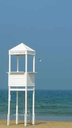 Rimini beach.  www.hotelpolo.it
