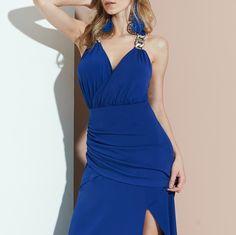 Um 'long dress' digno de closet para suspirarmos...😍😍😍#reginasalomao #SunsetVibesRS #SS17