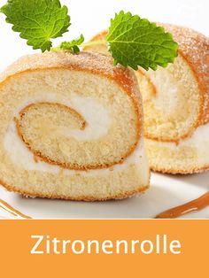 Dieses Rezept für eine saftig-fruchtige Zitronenrolle ist sehr zu empfehlen. Die Creme wird dabei mit Sahne zubereitet. #zitronenrolle #dessert #rezept #backen #gutekueche