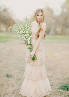 BHLDN wedding dress | Photo by  Apryl Ann Photography | 100 Layer Cake