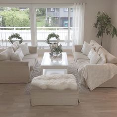 Cozy Livng Room Ideas - The Urban Interior Shabby Chic Living Room, Cozy Living Rooms, Home Living Room, Interior Design Living Room, Living Room Designs, Living Room Decor, Interior Livingroom, Livng Room, Decoration Chic
