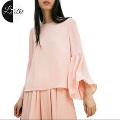 Bell sleeve in peach