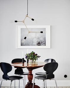 Die 214 Besten Bilder Von Tisch Stuhl In 2019 Black Pendant
