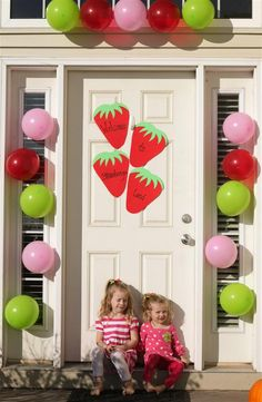 strawberry door decor