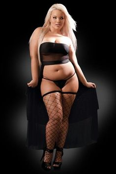 Hot bbw blond is playing wwith toy