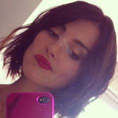 Emma Kate Lahana is beautiful. This is her new haircut. Aka Kira Ford~Yellow Dino Power Ranger.
