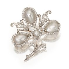 PLATINUM, GOLD, NATURAL PEARL AND DIAMOND BROOCH, CIRCA 1900