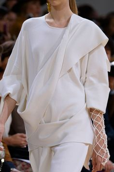 Allude at Paris Spring 2016 (Details)