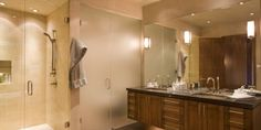 The Flowing Bathroom Vanity Lighting Design for the Irresistible Bath Decor Photograph The Elegant And Spacious Bathroom Sets In Creamy Beauty With The Elaborate Vanity Style And Wide Mirror Cheer Up Classy Idea Photograph. Bathroom Picture