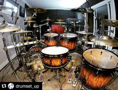 #Repost @drumset_up with @repostapp  Pearl Drumset  Featured  @dan__presland  #drum#drums#drummer#drummerboy#drumset#drumkit#drumporn#drumline#drummergirl#recordingstudio#musico#baterista#instadrum#drumming#percussion#percussionist#beat#drumsoutlet#tama#DWdrums#ludwig#sjcdrums#gretsch#Bateria#pearl#drumlife#drumdrumdrum#sessiondrummer#drumsticks by yaridrums