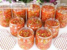 Kışlık Domates Turşusu Tarifi Diy 90s, Tomato Pickle Recipe, Turkish Recipes, Ethnic Recipes, Tomato Basil Pasta, Raw Broccoli, Turkish Kitchen, Cookie Pops, Vegetable Drinks