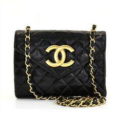 Chanel Vintage Black leather Shoulder bag