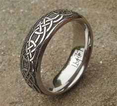 Knotted Animal Engraved Titanium Ring Celtic Titanium Wedding