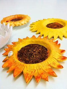 Air dry clay sunflower bowls at ArtPad. Www.artpadpendle.co.uk