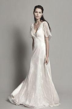 """Robe de mariée """"Angers"""", Christophe-Alexandre Docquin - EN IMAGES. Dix robes de mariée pour les rondes - L'EXPRESS"""