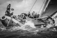 Kunstwerk: 'Skûtsje op woelig meer' van ThomasVaer Tom Coehoorn Classic Sailing, Sail Away, Dutch, Around The Worlds, Explore, Canvas, Sailing Yachts, Life, Index