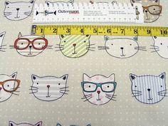 Stoff Tiermotive - Clarke & Clarke • Canvas • Katze mit Brille - ein Designerstück von Der-Stoff-Laden bei DaWanda