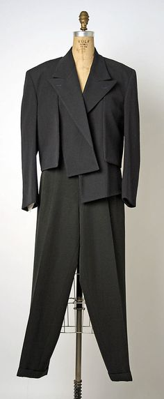 Rei Kawakubo for Comme des Garçons F/W 1988 wool evening suit. The Met, gift of Shirley Ann Lewis, Accession Number: 80s Fashion, Fashion History, Suit Fashion, Vintage Fashion, Fashion Outfits, Fashion Details, Timeless Fashion, Fashion Design, Rei Kawakubo