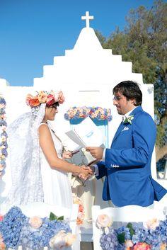 Greek wedding ceremony - photo by Rossini Photography http://ruffledblog.com/breezy-destination-wedding-in-mykonos