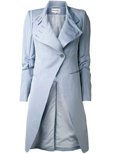Is it grey or blue? Whichever way you see this colour, it is a perfect pick for a summer