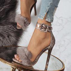 a2a04d4b9526 Line-Style Buckle Heel Covering Stiletto Heel Banquet Women s Sandals