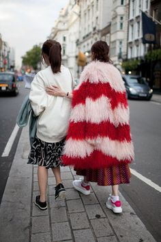 Street Style na London Fashion Week - gorące trendy na jesień 2015!