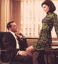 Jon Hamm & Jessica Paré as Don & Megan Draper.                                                                                                                                                                                 Mehr
