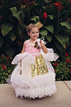 "Take a look at Love Baby J's beautiful Sequin Feather Girls Ball Gown called ""Gala Glam"". Holiday Dresses, Special Occasion Dresses, Big Kids Clothes, Feather Tutu, Communion Dresses, Dress Making, Ball Gowns, Flower Girl Dresses, Sequins"
