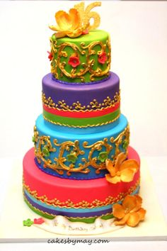 Moroccan Sweet 16 Cake This design was provided by the customer. Freehand piping details painted in gold. Indian Wedding Cakes, Amazing Wedding Cakes, Amazing Cakes, Cupcakes, Cupcake Cakes, Unique Cakes, Creative Cakes, Pretty Cakes, Beautiful Cakes