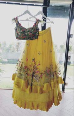 Beautiful Lehenga-Choli with superb embellishments with embroidery and detailing. Indian Western Dress, Western Dresses, Indian Dresses, Indian Outfits, Lehga Choli, Kids Saree, Lehenga Pattern, Sangeet Outfit, Half Saree Lehenga