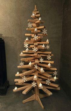 Juletre av tre #juletre #jul #christmastree #christmas #alternativt juletre Xmas, Christmas Tree, Advent, Wedding Ideas, Teal Christmas Tree, Christmas, Navidad, Xmas Trees, Noel