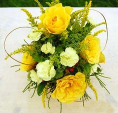 Free Jpeg Image of Yellow Floral Arrangement