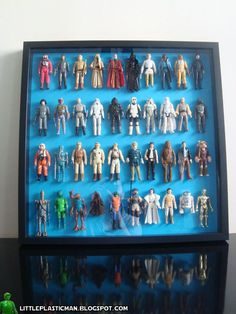 Displaying figures using Ribba - IKEA Hackers It would probably work for lego minifigures as well Toy Display, Display Ideas, Action Figure Display, Small Figurines, Ikea Hackers, Star Wars Action Figures, Displaying Collections, Old Toys, Picture Frames