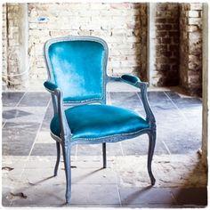 #fotel #szlachetny #turkus #tapicer #białystok #tapissier #upholstery #декораторы #fotel #krzesło #jadalnia #chair #salon #turkus #interiordesign #mebel #мебельдлядома #material #homedecor #wystrojwnetrz #kolor #na_strychu_igora