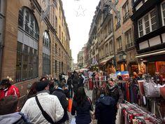 Weihnachtsmarkt Straßburg nahe dem  Münster