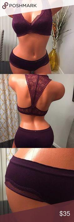 "VICTORIA'S SECRET Unlined Bralette & hiphugger ""S"" NWT VICTORIA'S SECRET Collection Lace Unlined Bralette & hiphugger ""S"" Victoria's Secret Intimates & Sleepwear Bras"
