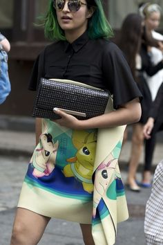 MUST SEE New York Fashion Week Street Style, Fall 2015. Loved by @oneturnkill