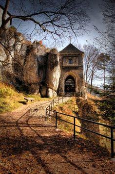 Zamek w Ojcowie - The Castle in Ojców Poland Places Around The World, Around The Worlds, Beautiful World, Beautiful Places, Poland Travel, Italy Travel, Visit Poland, Medieval Castle, Central Europe
