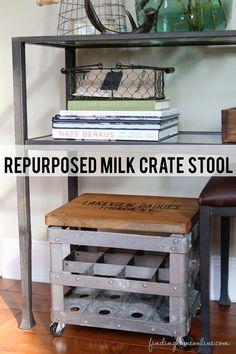 Repurposed Milk Crate Stool #junkersunited.