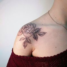 Peony shoulder tattoo by Irene Bogachuk