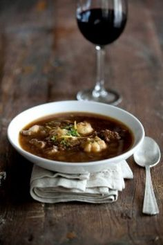 NoMU Food & Wine Pairing: Beef and Lentil Broth with Lemon and Thyme Dumplings: Pair with De Grendel Pinot Noir - it's fruity, nutty and has a velvety finish. Lentil Pasta, Pasta Soup, Lentil Soup, Dumpling Recipe, Dumplings, Healthy Hearty Soup, South African Recipes, Ethnic Recipes, Rustic Potatoes