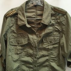 """Army Green Top Great top. If you notice the buttons start where they are in the picture it doesn't button up to the top. Great details. 100% cotton 25"""" long 18"""" across  sleeves are 14"""" used top but great condition Express Tops"""