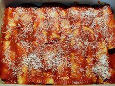 cannelloni-di-crespelle-con-ricotta-e-spinaci-al-sugo-di-salsiccia