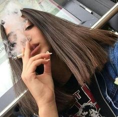 Smoking girls are sexy: Photo Tumbr Girl, Rauch Fotografie, Girls Smoking Cigarettes, Cigarette Aesthetic, Cigarette Girl, Smoke Photography, Gangsta Girl, Bad Girl Aesthetic, Stoner Girl